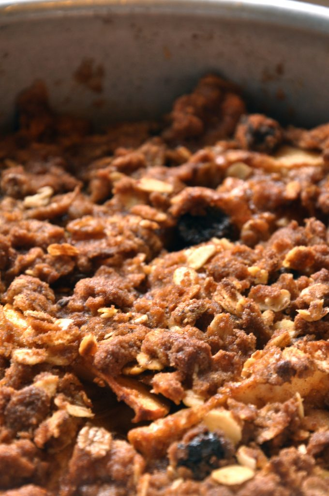 TCG Recipe of the Month - Easy Slow Cooker Apple Crisp